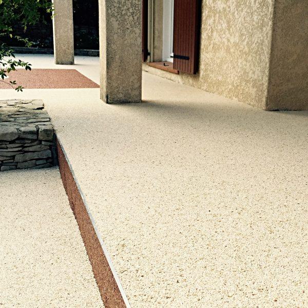 Rénovation de terrasse en moquette de marbre Living Stone