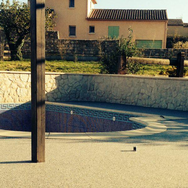 revetement-piscine-moquette-de-pierre-livingstone-6