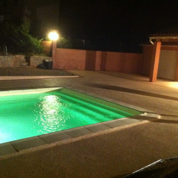 revetement-piscine-moquette-de-pierre-livingstone-18