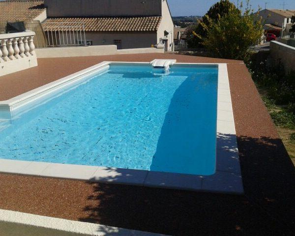 Revêtement piscine moquette en pierre Living Stone